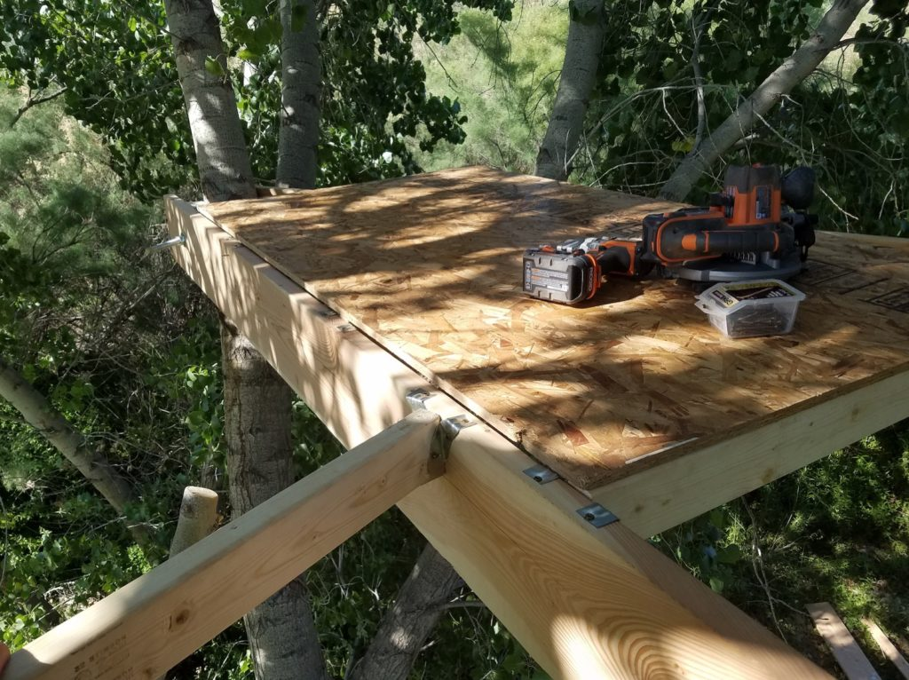 Constructing the treehouse floor panels